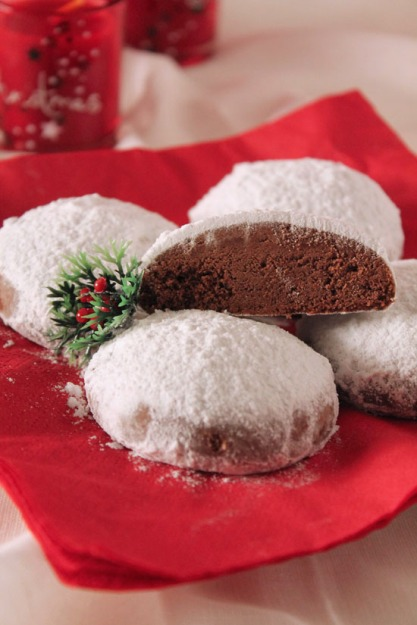 chocolate-snowball-cookies-4
