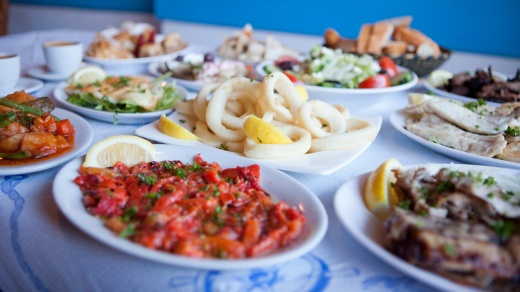 greek-food-banquet-florinas-greek-tavern-greek-restaurants-melbourne