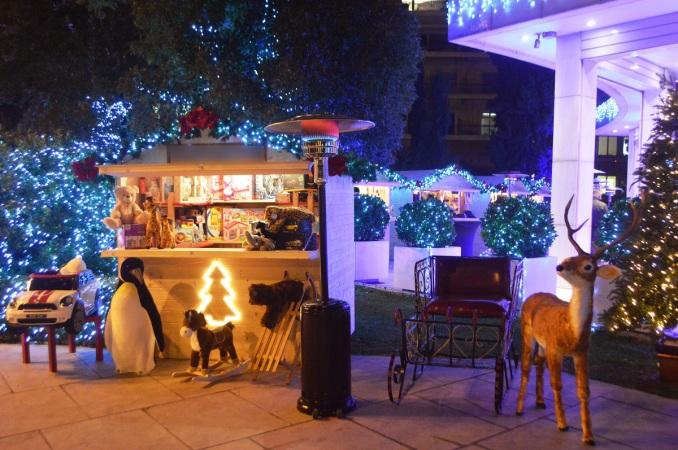 Hilton Athens Christmas Village (news.gtp.gr).jpg