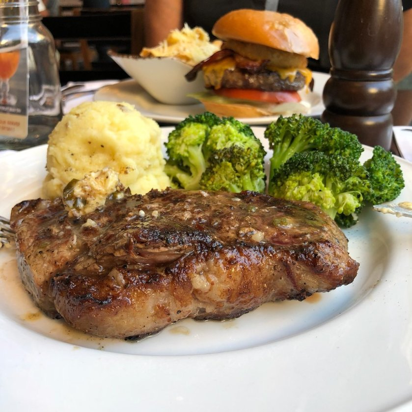 Steak at the Hard Rock Cafe (Tripadvisor.com - Patriciabiagioni )